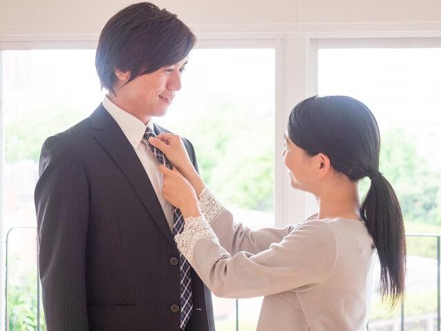 >男性側、女性側の実家での結婚の挨拶での会話の流れの違い