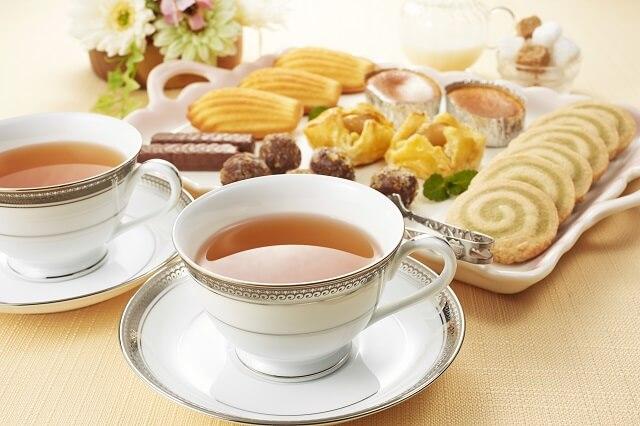 結婚の挨拶での親側の準備とは。服装、お茶やお菓子の準備、家の掃除