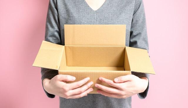 結婚祝いは郵送や配送で送ってもマナー的に問題はない