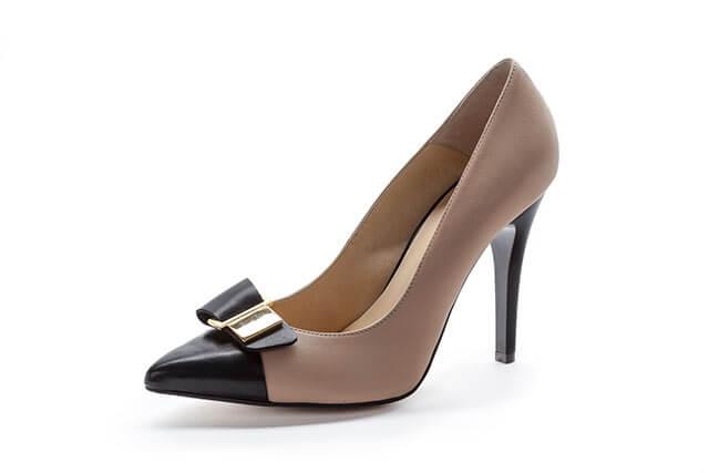 結婚式に履く靴のマナー違反
