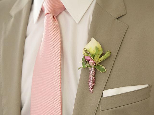 パステルのネクタイ