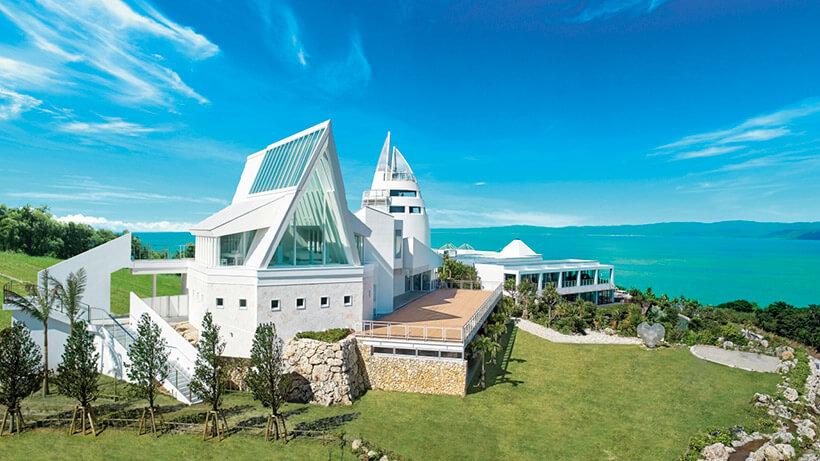 沖縄 古宇利島 空と海の教会