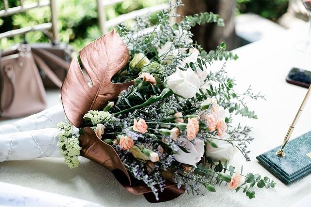結婚式のウェディングブーケとは