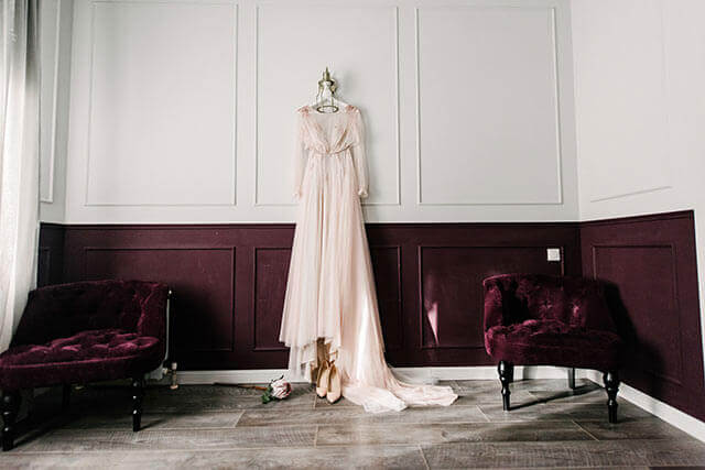 スウェーデン結婚式のドレス