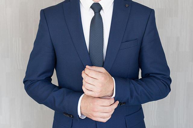 結婚の挨拶に着ていくスーツ